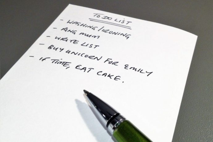 I love lists! In fact, I think I'm a listaholic.