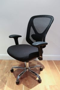 Staples Crusader Black Ergonomic Office Chair in Mesh/Fabric