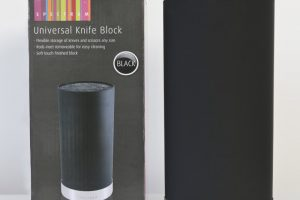 Win a Spectrum Universal Knife Block Dunelm