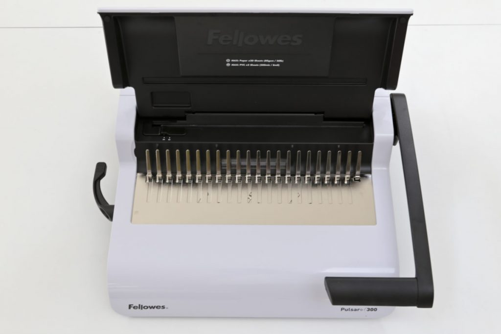 Fellowes Pulsar 300 Comb Binder Lid Open
