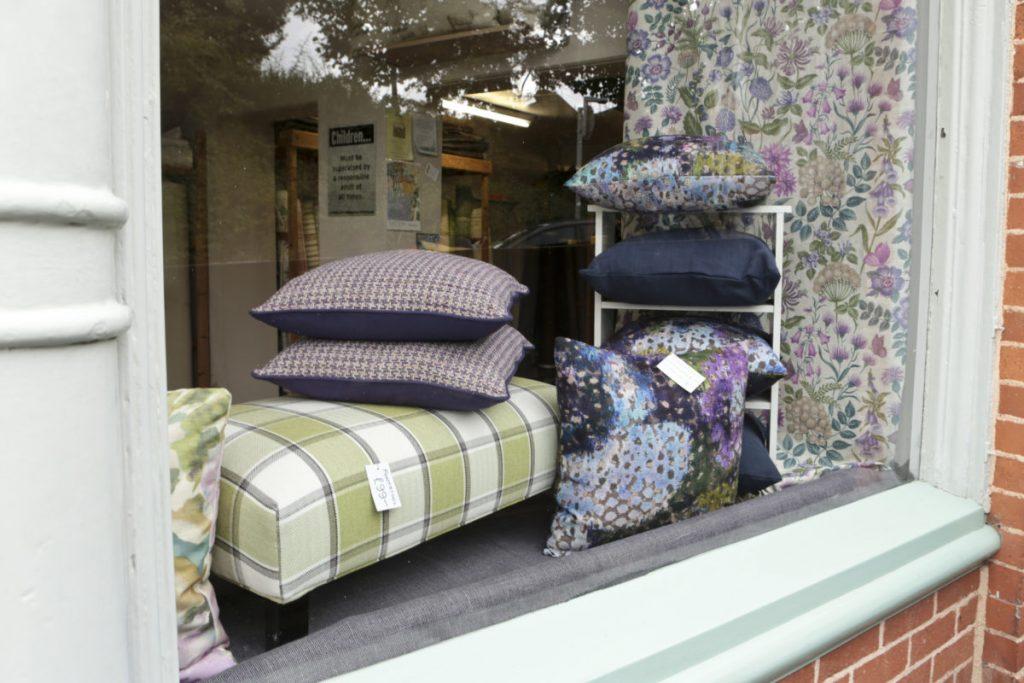 bargainfabrics_04