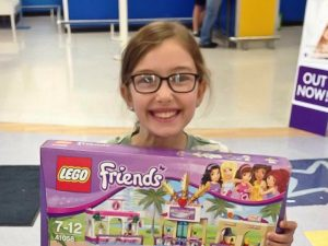 The Tale of Emily, The Lego Friends Mall and the Toys R Us Knight
