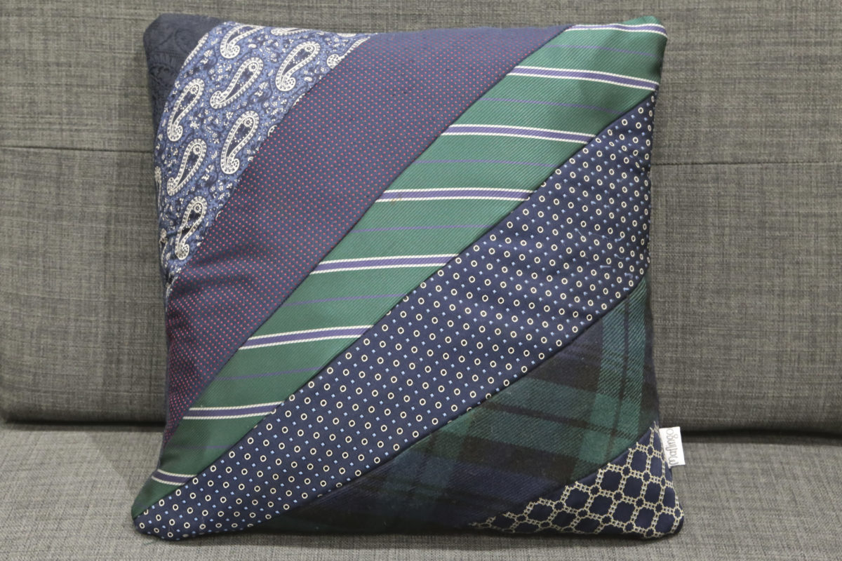 How To Make A Tie Throw Pillow : Making precious memories: How to make a cushion using ties.