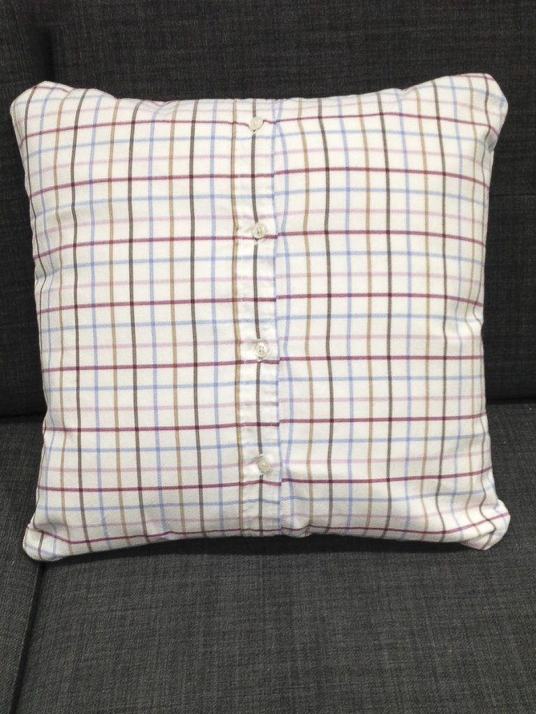 how to make a cushion cover with ties
