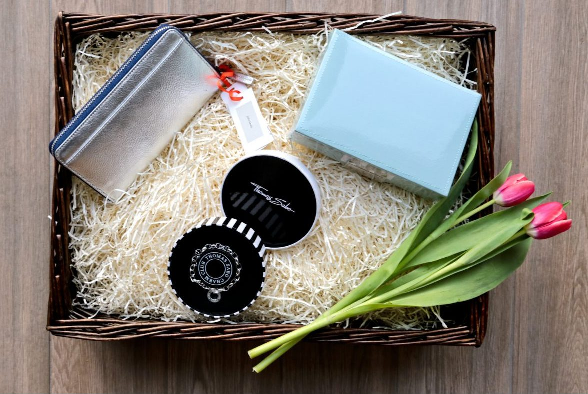 Mother's Day Ideas & Inspiration: Build a personalised hamper for your mum at John Lewis.