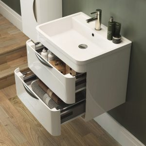 Wall hung cloakroom basin / sink with vanity in small bathroom ensuite