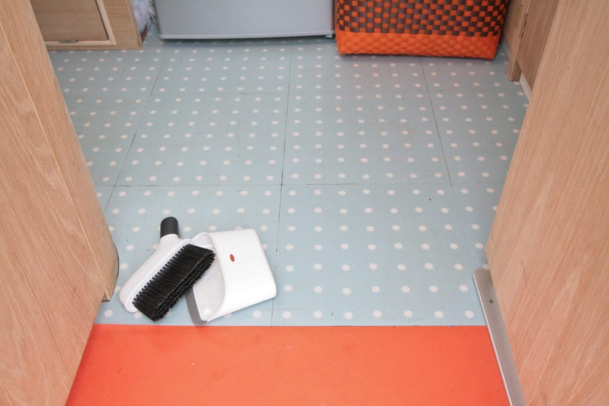1969 Cheltenham Fawn Renovation Project After : Blue with white spots vinyl floor tiles