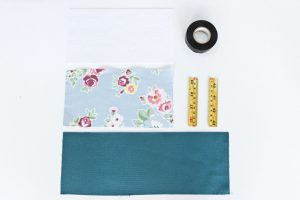 Materials you need for the Snap purse sewing tutorial