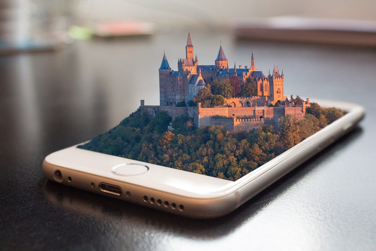 3d Castle image popping out of a mobile phone