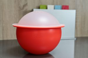 Review: Joseph Joseph M-Cuisine Popcorn Maker PLUS giveaway.